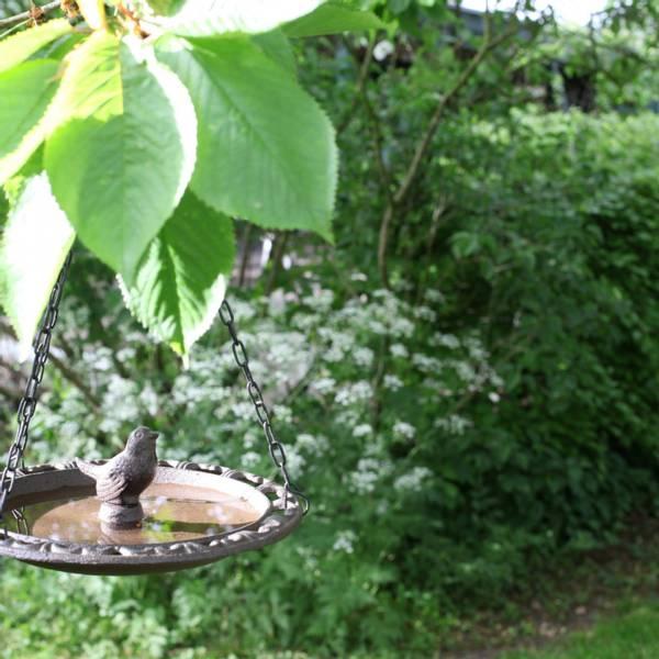 Fuglebad, hengende i støpejern 23 cm